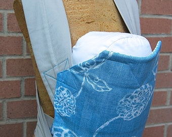 Reversible Mei Tai Carrier - Vintage Hydrangea and Vintage Blue Stripes