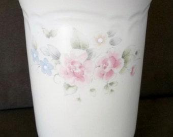 Pfaltzgraff Tea Rose Stoneware Vase or Utensil Holder~USA Excellent