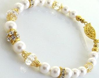 Pearl Bracelet,Bridal Wedding Bridesmaids Gold,White Swarovski Pearls,Classic Strand Bracelet, 22 K Gold Plated Rhinestones, Jewelry
