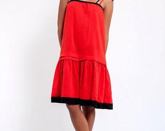 The Vintage Red & Black Spaghetti Strap Shift Dress