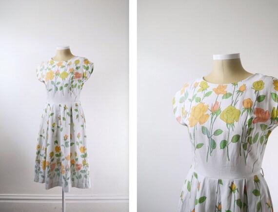 1960s White Rose Pattern Dress - M
