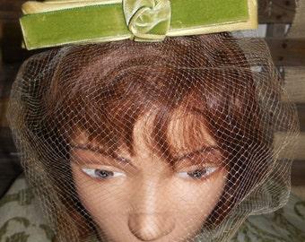 VELVET BOWS Galore Vintage 50s 60s Fascinator Birdcage Veil Hat