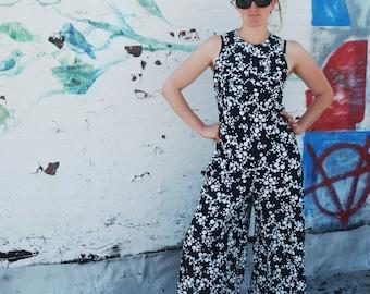 SALE Vintage 1970s Polka Dot Black and White Jumpsuit M/L