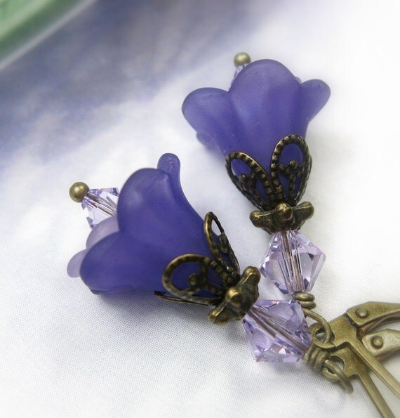 Purple Flower Earrings, Vintage Style Jewelry, Lucite Flower Earrings, Flower Earrings, Violet, Floral Jewelry, Gifts Under 25, For Her