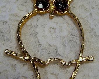 Vintage Retro Owl Pendant Gold Tone w Grey Topaz Rhinestone Eyes, 1970s Jewelry