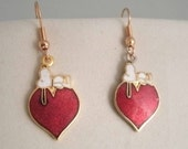 Vintage Snoopy on Heart Aviva United Features Cloisonne Earrings with Snoopy on Top of a Large Heart charms