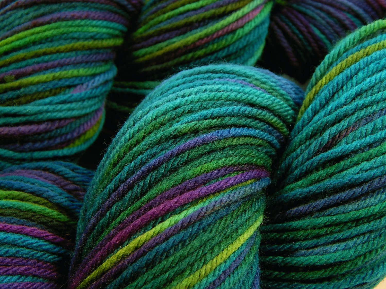 Worsted Weight Yarn : Hand Dyed Yarn Worsted Weight Superwash by BlackSheepDyeworks