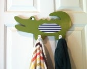 Alligator clothing rack, alligator nursery, wooden alligator, boy's room decor,  towel rack, alligator bathroom, boy's bathroom decor