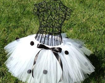 Dalmatian tutu-Dalmatian costume-Baby Girl tutu- Halloween Dalmation- 101 Dalmatians- Dog Costume- Black and white tutu- Polka dot tutu