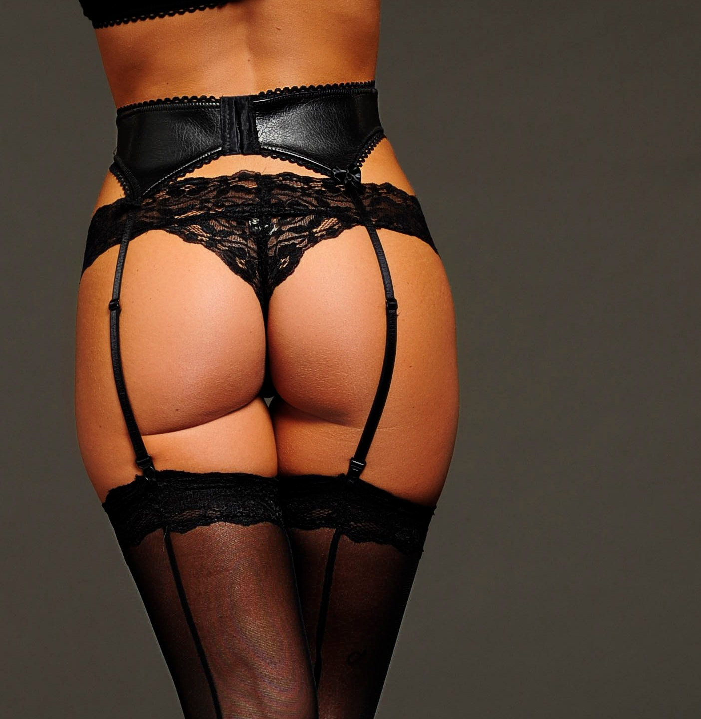 Free porn: Black/Ebony: Lingerie, Stockings, Lingerie Solo, Panties, Dress, Lingerie Milf and much more.