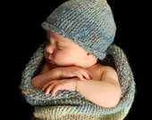 Pea Pod Hat Knitting Pattern for Newborn Babies - Rolled Brim Hat Photography Prop and Baby Gift - PDF DOWNLOAD