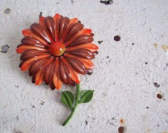 Vintage metal flower brooch harvest colors burnt sienna and deep orange free shipping to USA