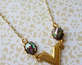 Minimal Vintage Brass V Necklace with 1950s Harlequin Glass Stones, Gold Plated Chain // Modern Boho Geometric Art Deco Retro Mod Gypsy