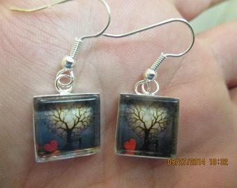 Falling In Love Under a Tree Earring