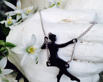 Swing Silhouette Necklace