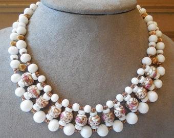 Vintage Italian White Venetian Wedding Cake Bead Bib Style Necklace    JBU38