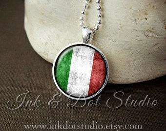 Rustic Italian Flag Necklace, Italy Flag Necklace, Italian Flag Pendant, Italian Pride