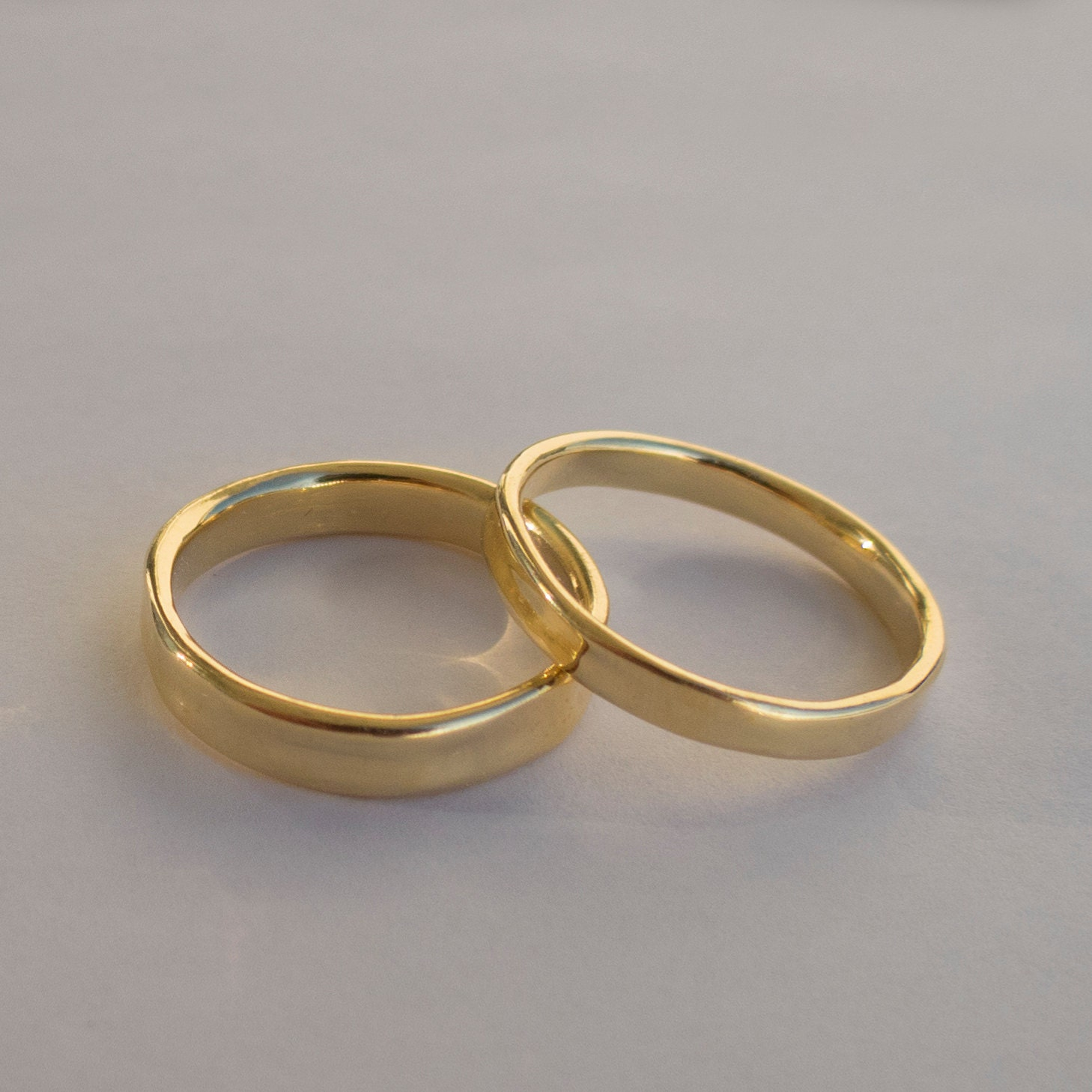 his and hers wedding rings 14k gold rings simple gold