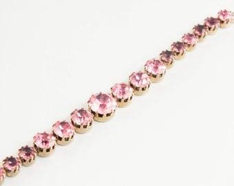1950s Pink Rhinestone Bracelet