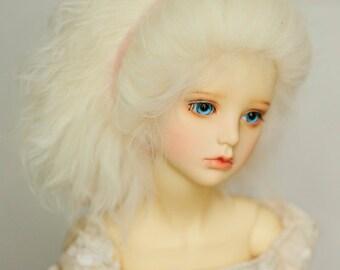 Short Light Blonde Wavy Tibetan Mohair Wig for Volks BJD SD Dolls