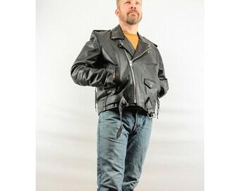 Leather jacket / Motorcycle jacket / 80's Classic black leather biker jacket Men's size L or XL