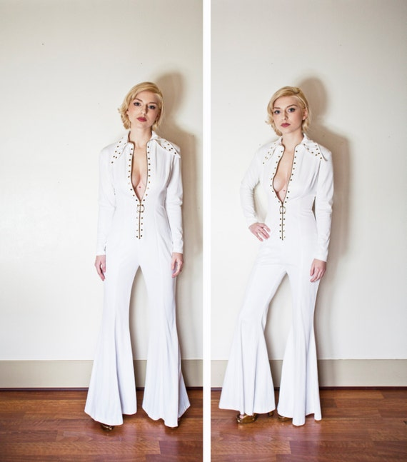 Vintage 1970s JUMPSUIT - White Bell Bottom Embellished Zip Up Rocker Cat Suit 70s - 80s - Small