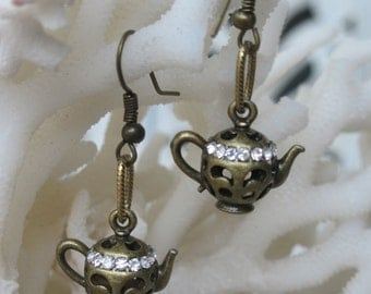 Antique Bronze Cut Out Standing Tea Pots with Outlined Lid of Faceted Crystals Earrings