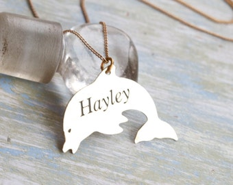 Hayley - Vintage Dolphin Necklace - Golden Pendant on Chain