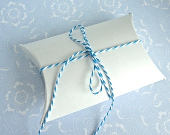 Jewelry Packaging Pillow Boxes Small White Cardboard Wedding Party Favors - 12 Boxes