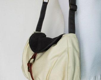 On SALE - Fortuner-S in 2Tones Wax Grey White / Laptop Bag / Shoulder Bag/ Messenger Bag/ Handbag / Women / 40% OFF