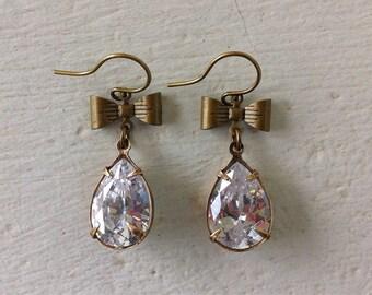 Crystal Teardrop Earrings/Clear Rhinestone Earrings/Bow Earrings/Romantic Wedding Earrings/Clear Swarovski Earrings/Bridesmaid Earrings