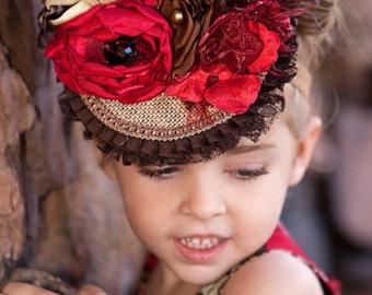 Christmas Holiday Fascinator,Headband,Top Hat,Wedding Headband,Wedding Fascinator,Pageant Hat,Pageant Birthday Hat,Flower Girl,Tea Party