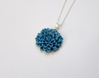 Dark Blue Flower Necklace