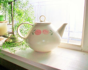 Vintage Teapot Vernon Ware Rose a Day 1960s