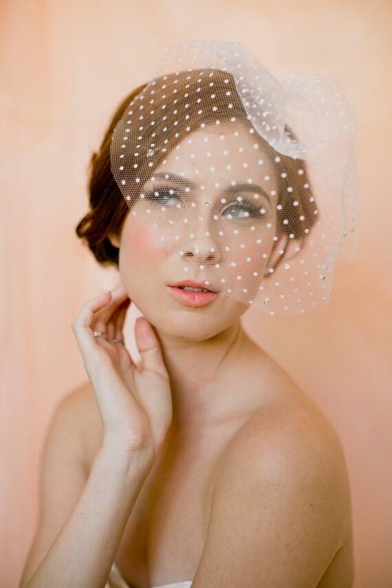 Bridal mini veil- polka dot veil- birdcage veil- blusher veil-style 140