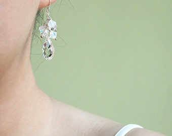 Bridal Earrings, Crystal Teardrop Earrings. Swarovski Crystal Wedding Earrings. Crystal Drop Earrings