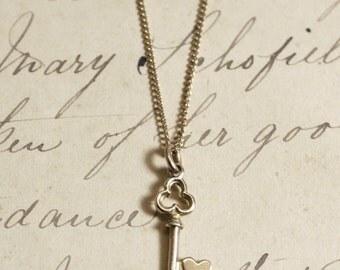 Vintage 1960's 9ct Gold Sweet Heart Key Charm Necklace