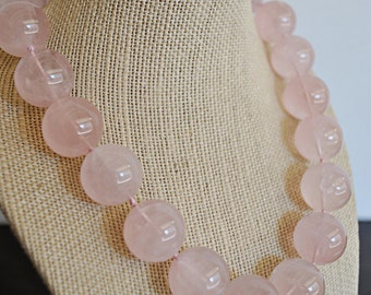ROSE QUARTZ KNOTTED necklace with sterling silver massive clasp