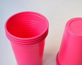 10 Pink Fuscia Plastic Cups