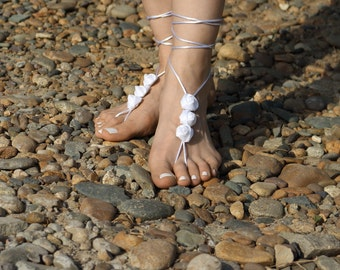 White Barefoot Sandal, Beach Wedding Bare Foot Sandles with Roses, Hippie Boho Dance Nude Shoes, Yoga Anklet Jewelry by Elvish Things