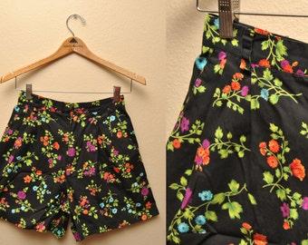 90s LizSport Black Floral Shorts 26 Womens