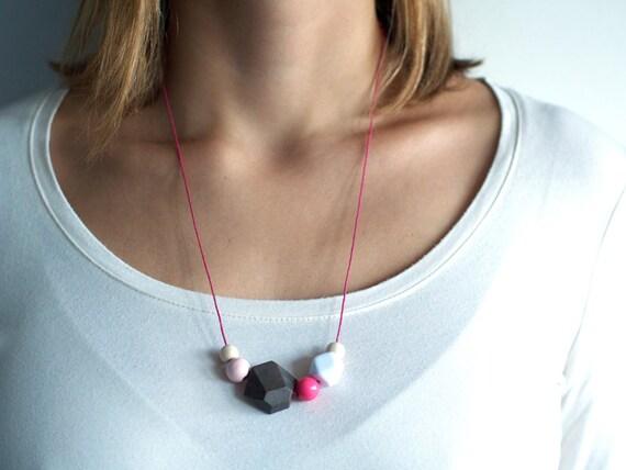 WOODY DIAMOND: Pink