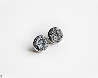 Faux pyrite studs - Silver