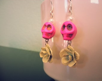 Pink & Cream Skulls and Roses Earrings, Day of the Dead, Halloween Jewelry, Skull Earrings