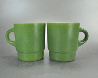 Anchor Hocking Fire King Avocado Green Set of 2 Coffee Mugs Cups Vintage