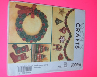 McCalls Crafts M6602 Stockings Wreath Tree in two sizes Ornaments and Garland sewing Pattern - UNCUT