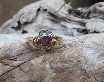 Vintage Siffari Crescendo Amethyst and Diamond 10K Gold ring