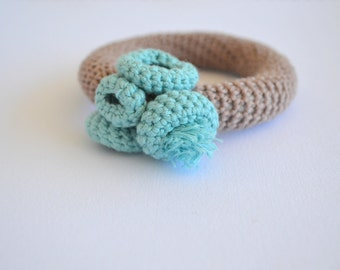 Crochet bangle bracelet -crochet jewelry - organic jewelry in beige and mint blue