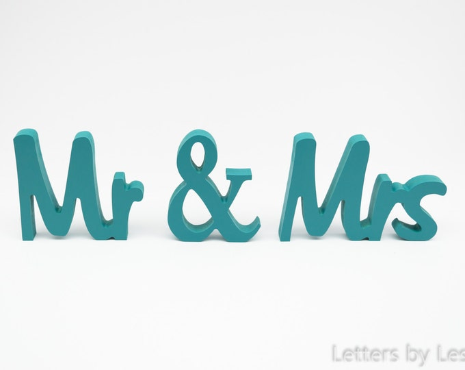 Wedding Gift, Bridal Shower Gift, Engagement Gift.  Handpainted  Wooden Mr & Mrs Wedding Sign