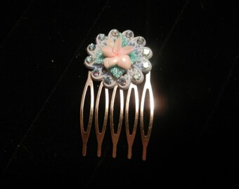 small flower pin hair comb